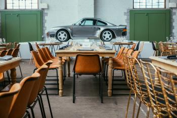Porsche 70Y tour & Taxis brussels